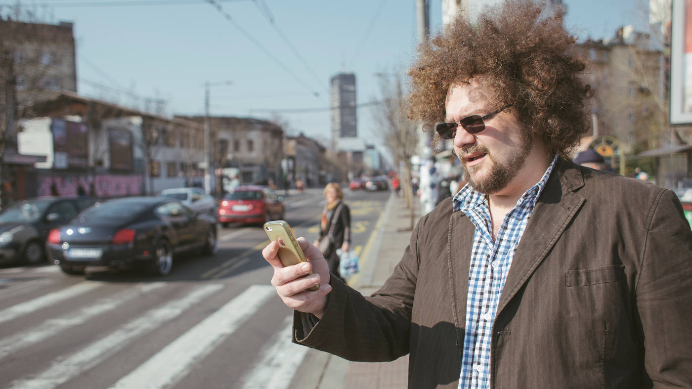 Naxis Taxi NARUČITE VOŽNJU NA TVITERU